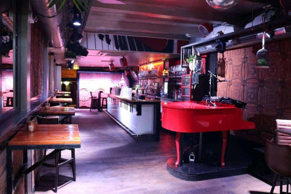 Feestcafé op A1 locatie in Alkmaar