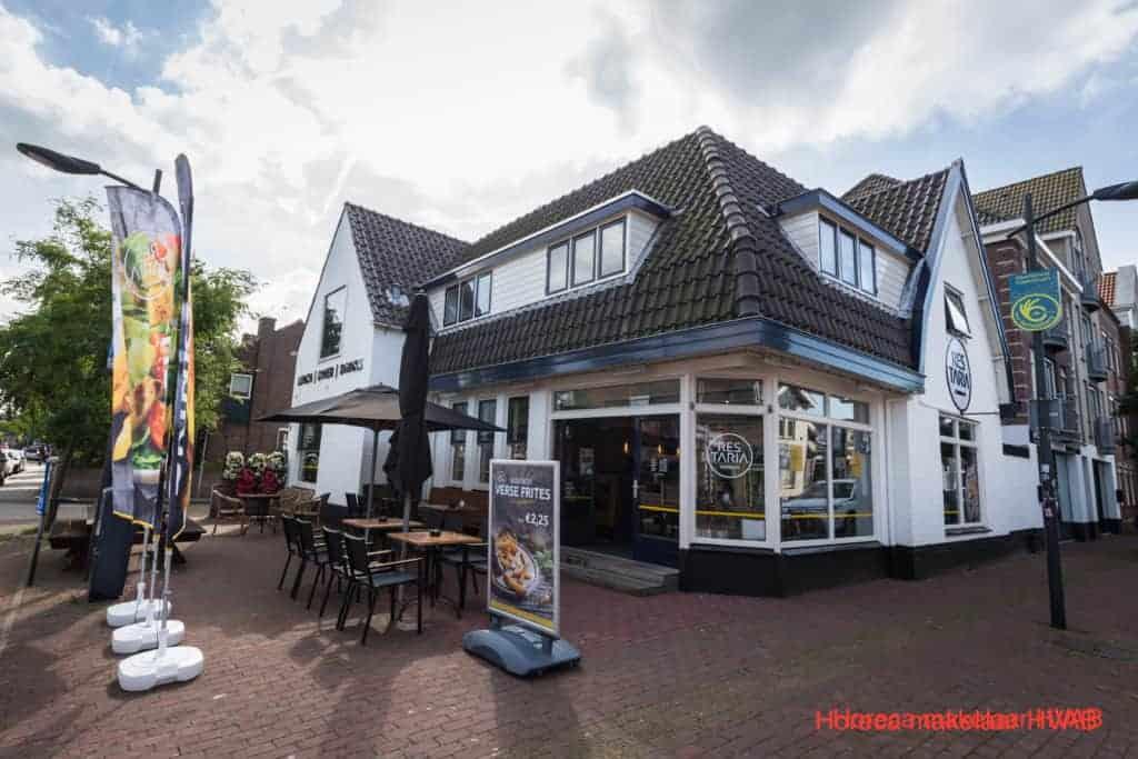 Cafetaria in het centrum van Castricum