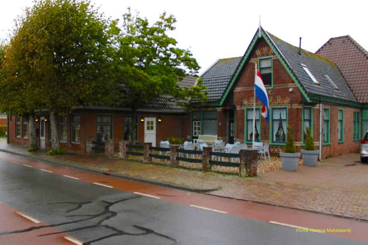 Café met zaal en woning nabij Spanbroek